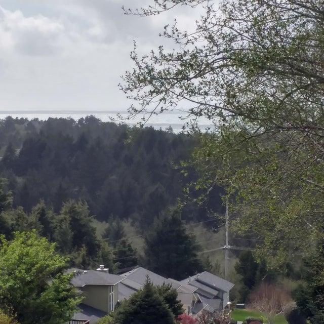 TL7700 NE Lakewood Dr, Newport, OR 97365 - Ocean views