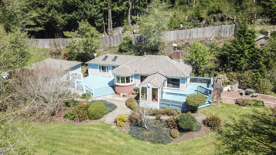 381 S Anderson Creek Rd, Lincoln City, OR 97367 - front view