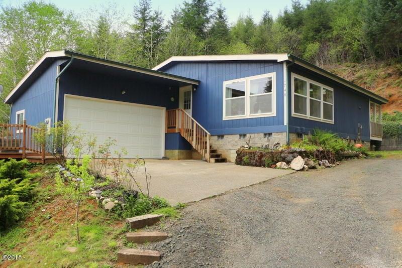 1748 N Bear Creek Rd, Otis, OR 97368 - IMG_9189