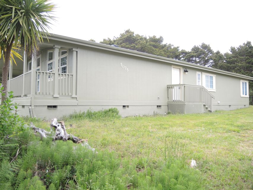 5075 SW Pacific Coast Hwy, Waldport, OR 97394 - DSCN2313