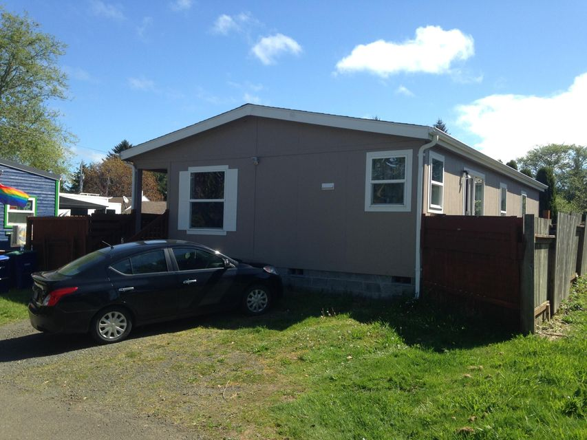 630 SE Quay Ave., Lincoln City, OR 97367 - Front 2