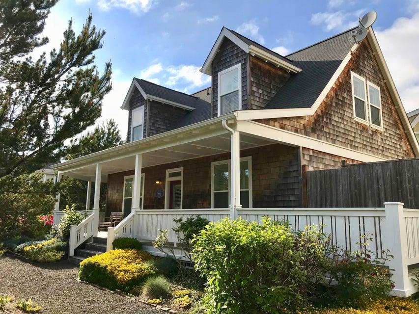 5110 Cavalier Av, Depoe Bay, OR 97341 - Bella Beach Cottage Home