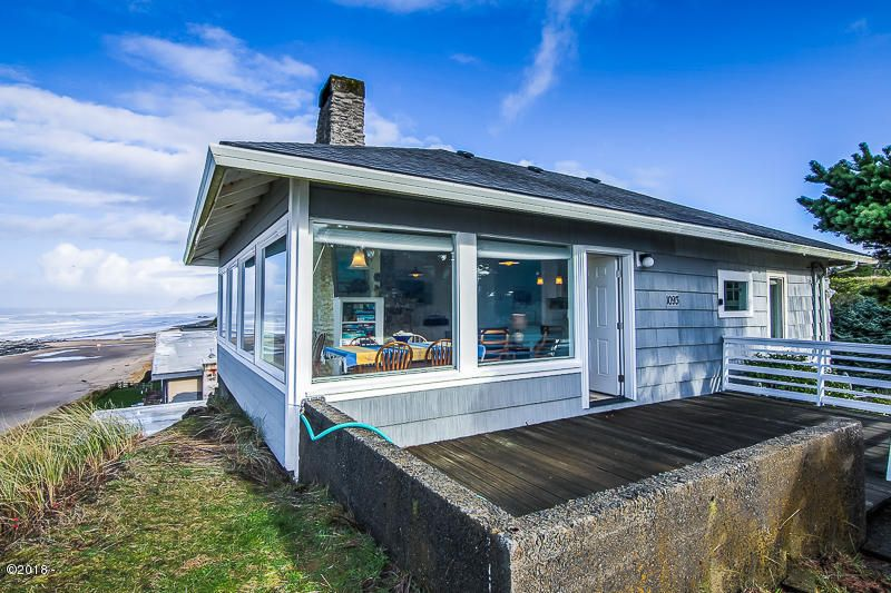 1093 NW 8th St, Lincoln City, OR 97367 - 8th St-0037