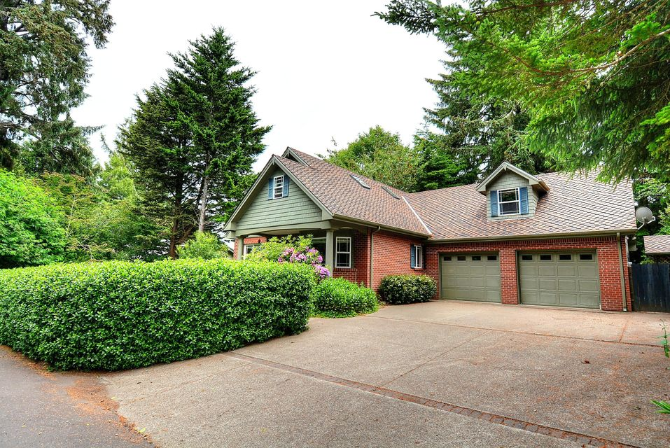815 NW Highland Circle, Waldport, OR 97394 - Front Of The Home