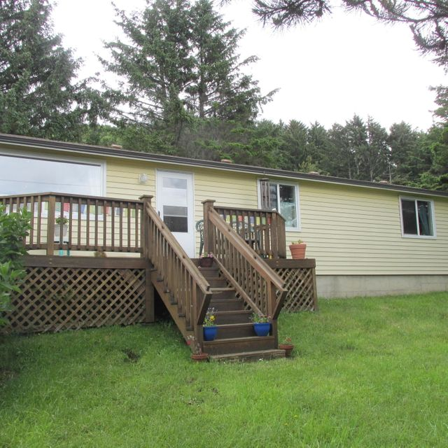 104 Springhill Road, Yachats, OR 97498 - OCEAN VIEW HOME