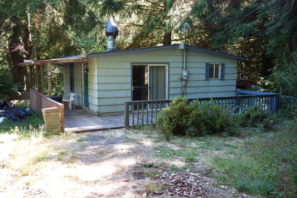 230 N New Bridge Rd, Otis, OR 97368 - Cabin by the creek