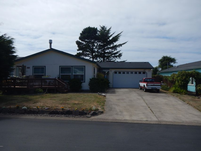 3913 Summit Ridge, Depoe Bay, OR 97341 - Front of Home