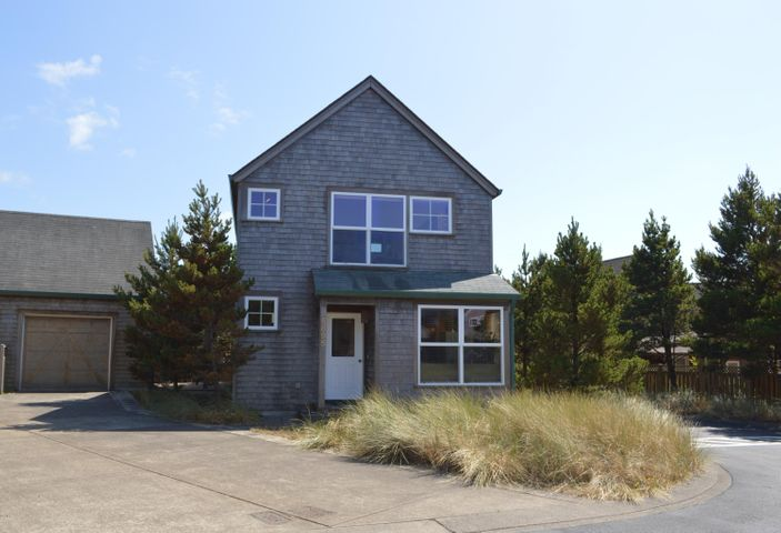 5895 Barefoot Lane, Pacific City, OR 97135