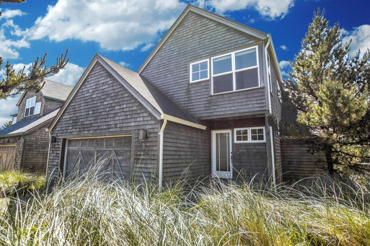 5695 Barefoot Lane, Pacific City, OR 97135