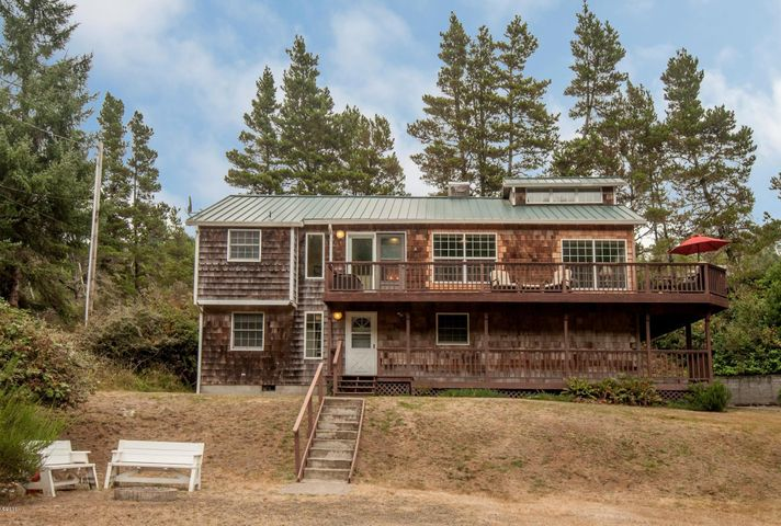 32575 Circle Drive, Pacific City, OR 97135