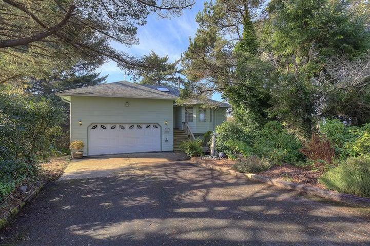 13936 NW Alika Drive, Seal Rock, OR 97376