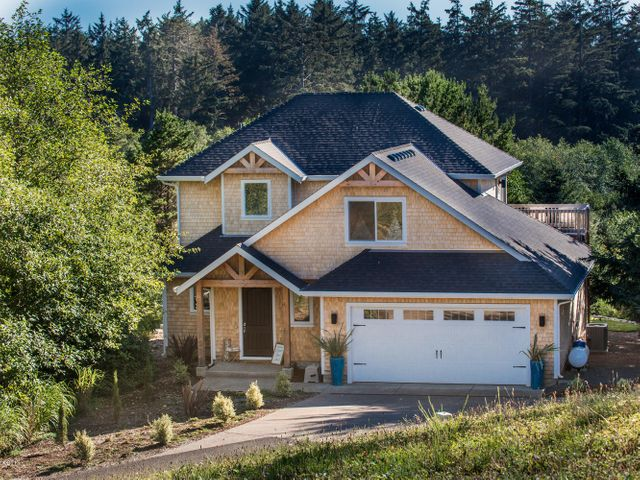 6500 Meadowview, Pacific City, OR 97135