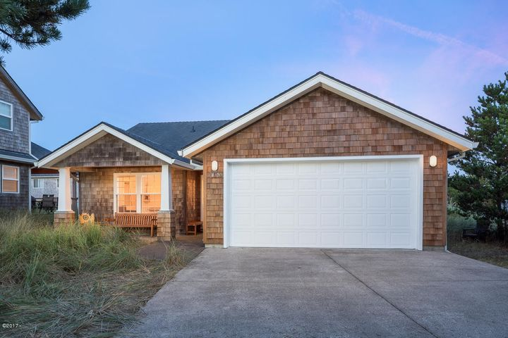 34355 Sea Swallow Dr, Pacific City, OR 97135