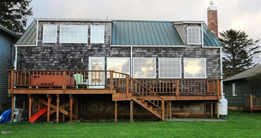 35140 Rueppell Avenue, Pacific City, OR 97135