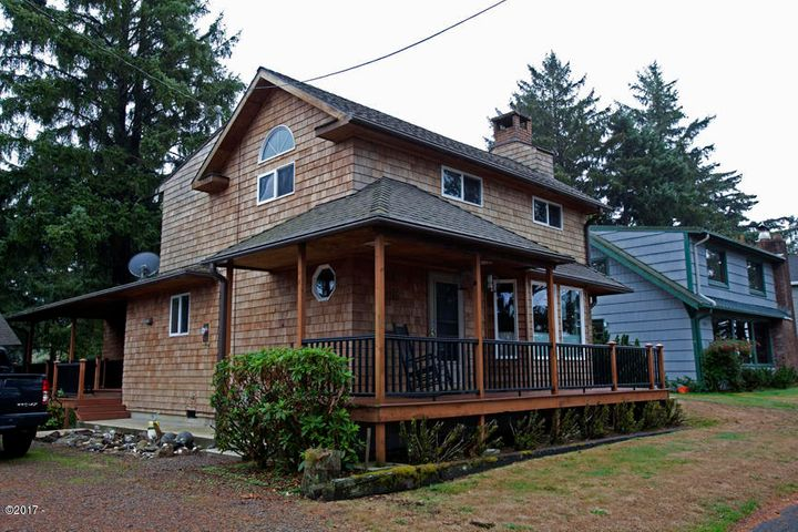 34985 Hill St, Pacific City, OR 97135