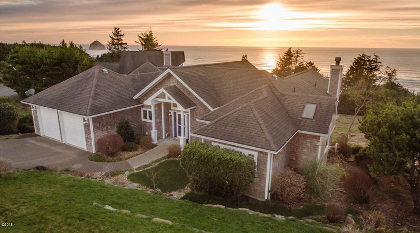 29980 Nantucket Drive, Pacific City, OR 97135