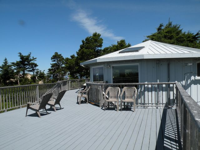 32990 Terrace View Rd, Pacific City, OR 97135