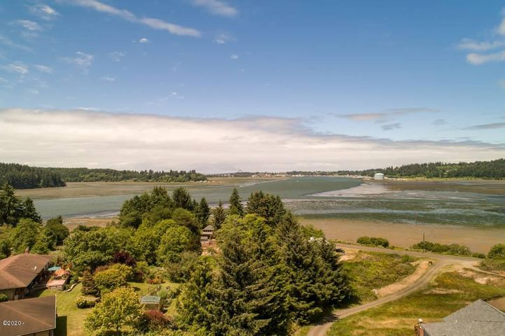 TL 1200 SE Yaquina View Dr, Newport, OR 97365