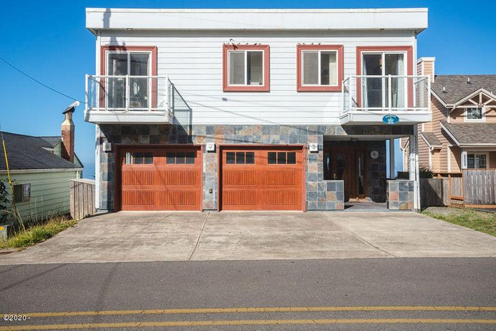 7421 NW Logan Road, Lincoln City, OR 97367