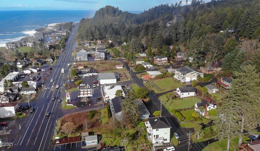 428 Williams Ave, Depoe Bay, OR 97341