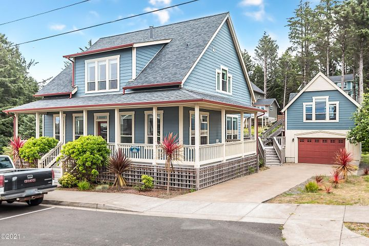 2180 SW Coast Ave., Lincoln City, OR 97367