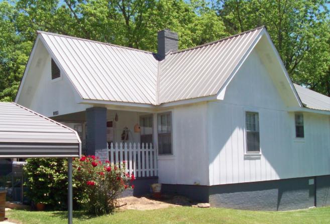 1558 Hillabee, Alexander City, AL 35010