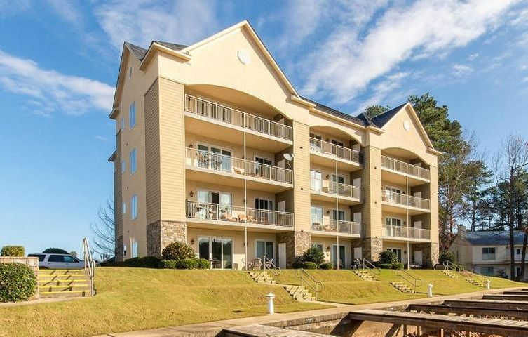 365 Sunset Point Unit 203, Dadeville, AL 36853