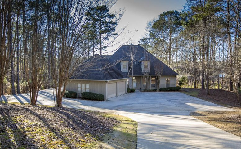 100 CATESBY Dr, Eclectic, AL 36024
