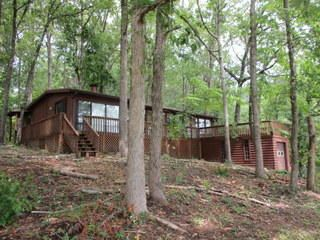 1413 Point Windy Dr, Jacksons Gap, AL 36861