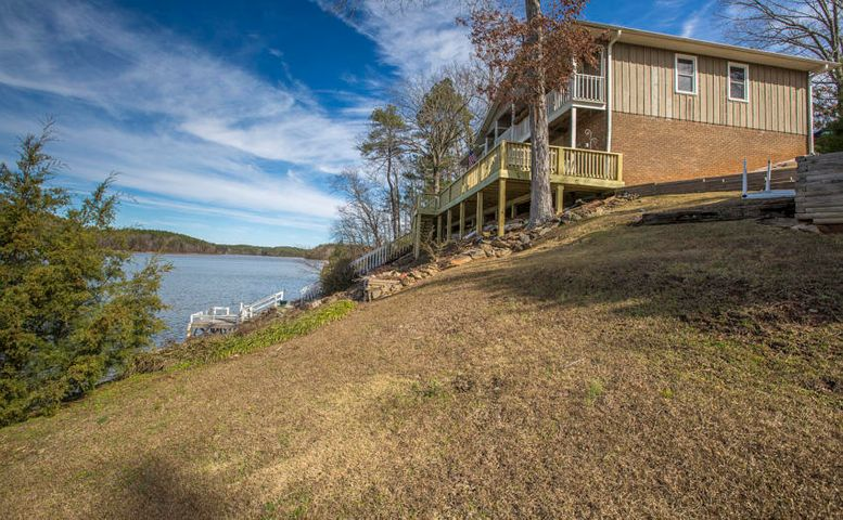 128 Creek Dr, Alexander City, AL 35010