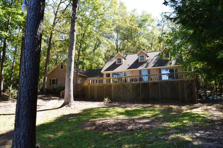 27 Windy Point, Alexander City, AL 35010