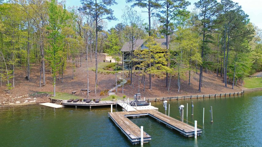 55 Hickory Ridge, Alexander City, AL 35010