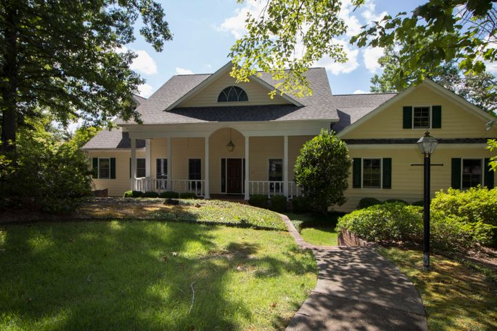 1567 Shady Bay Dr, Jacksons Gap, AL 36861