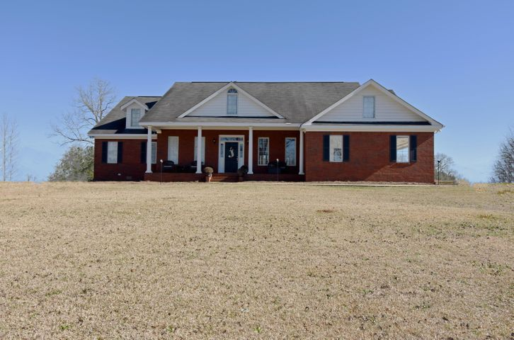 1595 Coke Dr, Alexander City, AL 35010