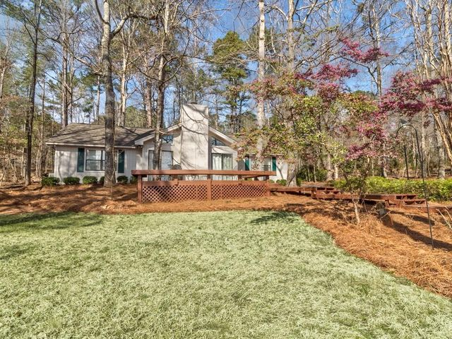 700 Whisper Wood Dr, Dadeville, AL 36853