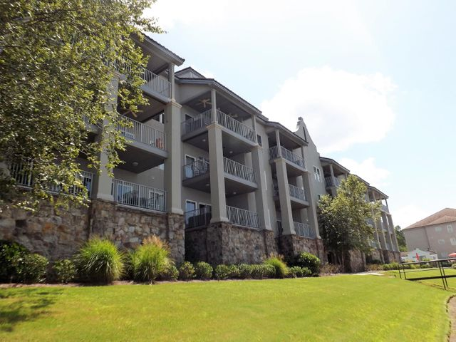 40 CROWNE POINTE Rd UNIT 302, Dadeville, AL 36853