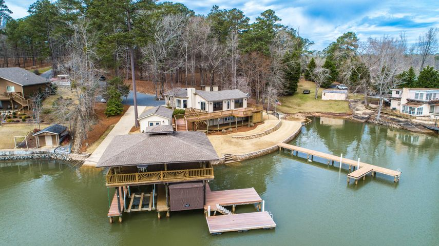67 8th St, Eclectic, AL 36024