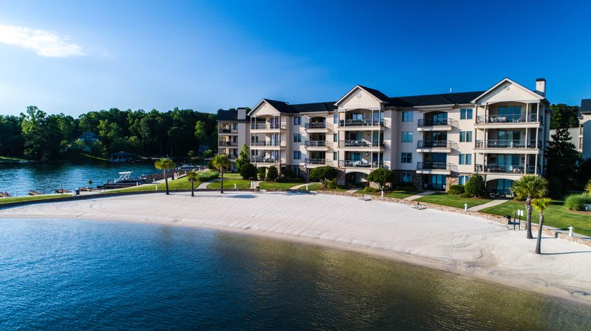 445 Marina point unit 405, Dadeville, AL 36853