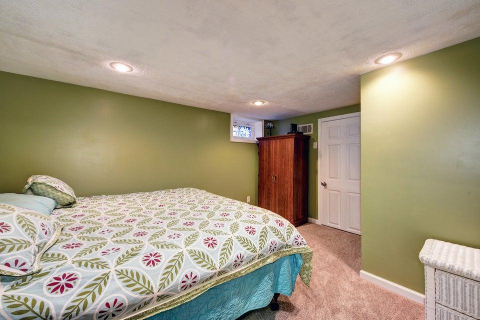 3906 Pembroke Rd