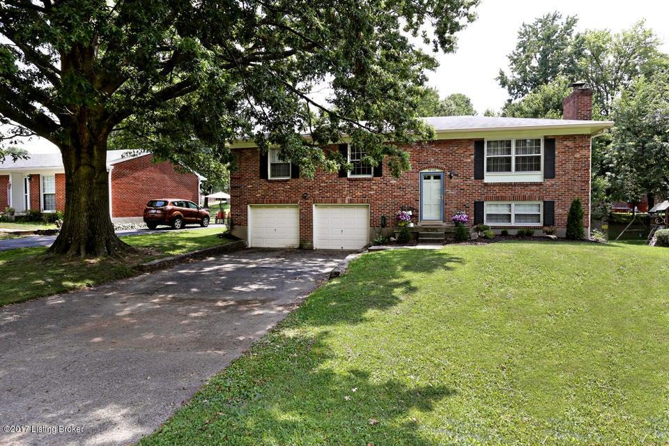 9800 Tiverton Way, Louisville, KY 40242