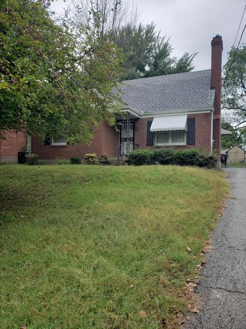 Very solid cape cod in Audubon Park area with large basement, Home has original hardwood floors.fully fenced back yard.This is an estate sale, home will need some updates. Being sold as is.