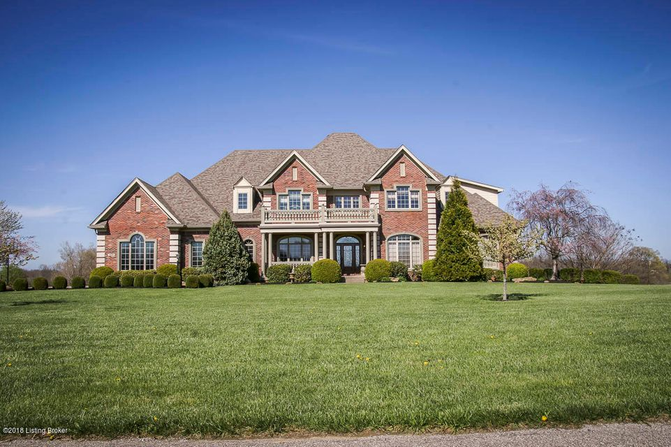 Superior craftsmanship is visible in every corner of this fabulous Majestic Oaks home on 5 acre lot that has been divinely landscaped. This pristine country setting feels secluded even though its a short drive to I64 taking only 15 minutes to arrive in Louisville. You'll delight in entertaining guests or cooking for the family in the full...