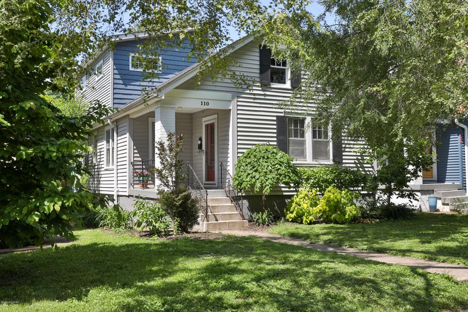 Crescent Hill Dollhouse! Check out the updated kitchen and bath, along with the large backyard and parking area, hardwood floors, crown molding and big second floor bedroom with walk in closet! Close proximity to many restaurants and hotspots.