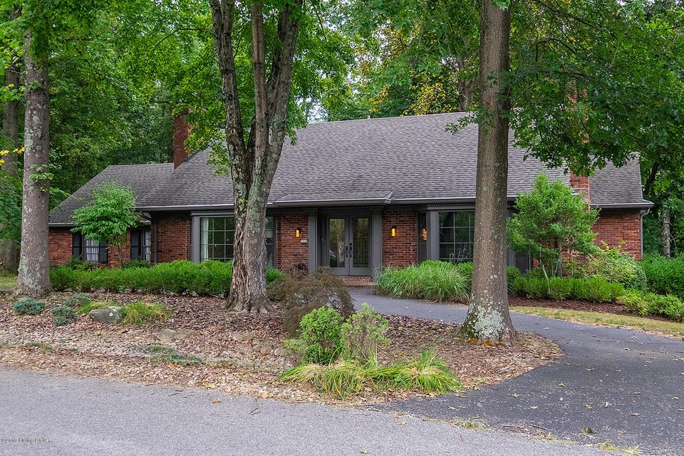 OPEN SUNDAY, August 25th from 2 - 4 pm. Charming Cape Cod in desirable Hunting Creek with approximately 5,000 sqft of living space. Inviting glass double doors lead you to the open foyer boasting beautiful hardwood floors which continue into the Formal Living room with beamed ceiling, large bay window, fireplace and leads to the Formal Dining...