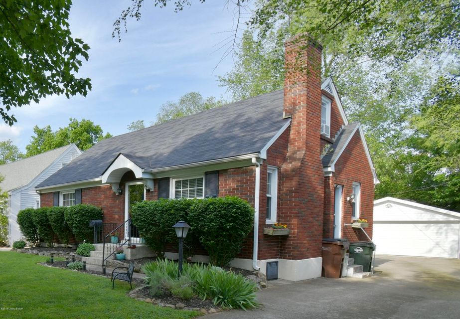 Spectacular find in the heart of St. Matthews. The beautiful 115 Bonner Avenue offers four bedrooms, two full updated bathrooms, a two car garage (with replaced door and opener) and loads of improvements and character. Enjoy hardwood floors, arched doorways, replacement windows, a gorgeous fireplace accented with shiplap walls and a bright...