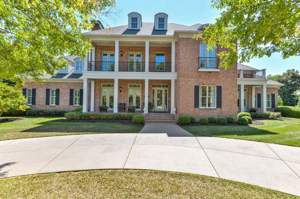This custom designed, stately residence is located in the estate section of coveted Mockingbird Gardens. Reflecting timeless architecture and classic finishes, this home offers all of the qualities you are looking for; gleaming wood floors, beautiful millwork, expansive updated kitchen, beautifully updated owner's bath and an elevator to all...
