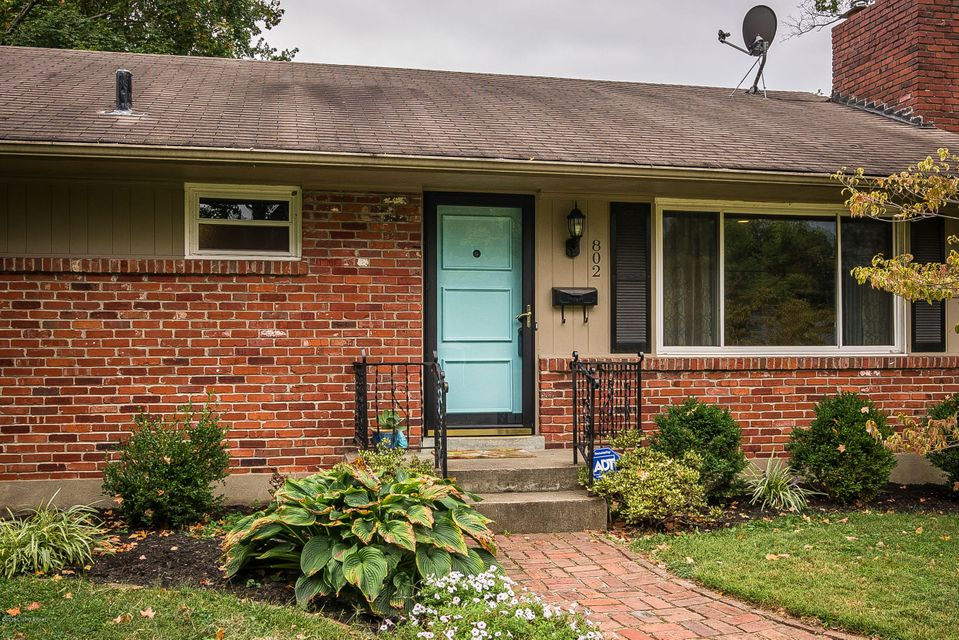 Welcome to this beautiful brick ranch-style home in the heart of St. Matthews. Move-in ready, this 3 bedroom 2 bathroom house has tons of character and charm with moldings and original hardwood floors throughout. Custom built-ins and mantle adorn the updated tile surround fireplace. Recessed lighting adds an upgrade to the living room. The...