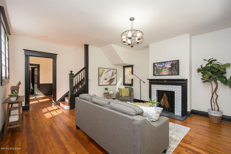 Welcome to this Cherokee Triangle renovation masterpiece! Wonderful location - walking distance to the shops and restaurants on Bardstown Rd plus Cherokee Park. This home has been completely renovated while keeping the charming architectural details that we all love. The home features refinished hardwood floors, replacement windows with the...