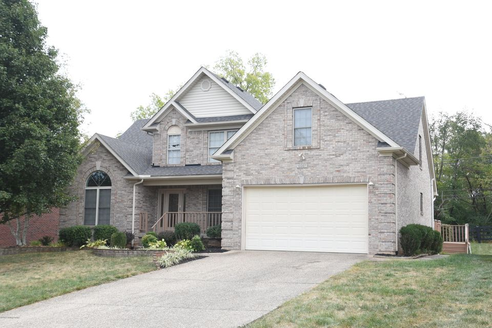 This lovely 4 bedroom, 3.5 bath house is conveniently located in Forest Springs North just off Westport Road with quick access to the Gene Snyder.  The master suite is located on the first floor with a vaulted ceiling, the spacious bath has a large walk-in closet, separate shower and jacuzzi tub.  The great room has a vaulted ceiling and gas...