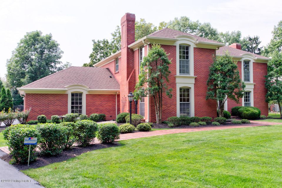 This beautiful executive home located next to Cherokee Park has had many updates including new kitchen, brand new finished basement, refinished hardwood flooring, lighting, plugs and switches, ceiling fans,freshly painted walls and ceilings, recessed lighting etc... Monthly rental rate includes lawn and landscape care, opening, closing and weekly pool maintenance..... Agents related to the seller/estate